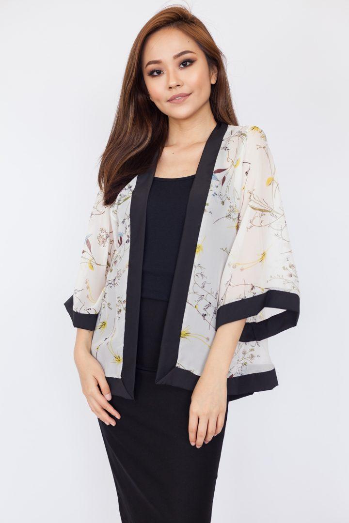 Miniature Floral Print Kimono Top - White