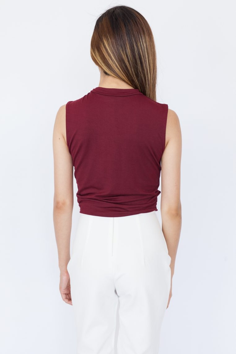 https://hookclothing.com/product/sleeveless-twist-front-crop-top-white/